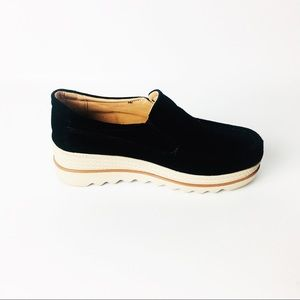 Shoes - Black chunky slip on
